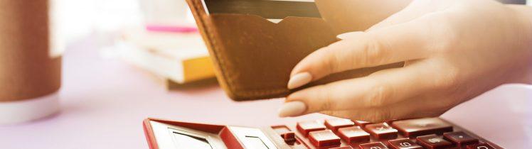 rembourser une dette importante