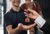 Les jeunes contractent moins souvent des prêts hypothécaires